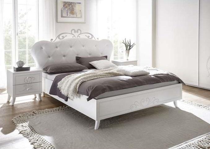 Łóżka do sypialni – Drewniana klasyka