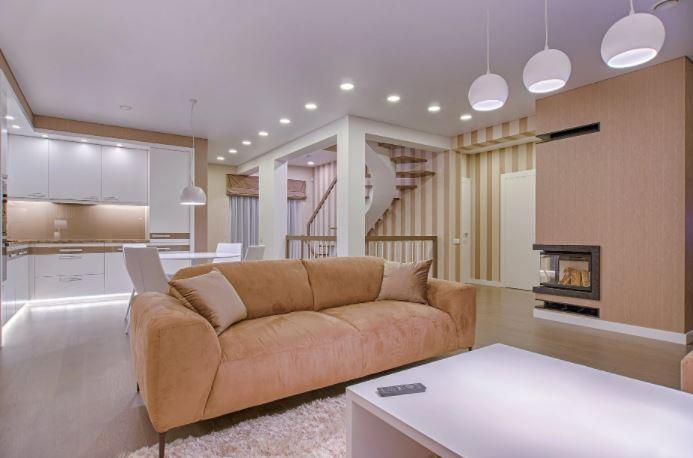 Jak wybrać sofę do salonu?